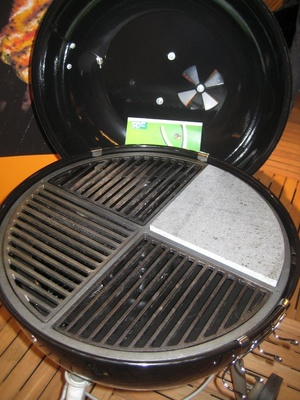 Barbequer BBQ Innovations: 4 grates: cast iron, griddle, pizza stone