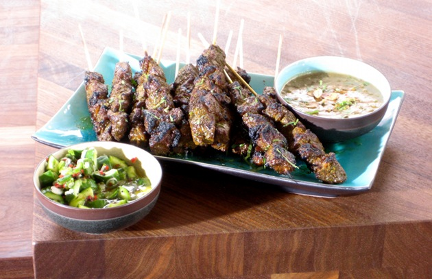 Hors d'Oeuvres Meet Grill—Finger Food for the Holidays