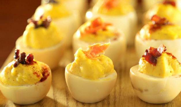 Smoked Deviled Eggs - Barbecuebible.com