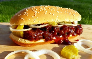 "The ""McRob"" McRib: A REAL Barbecued Rib Sandwich"