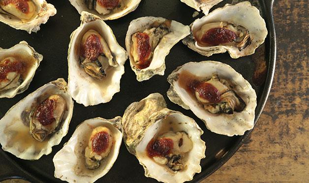 Chipotle Smoked Oysters Recipe Barbecuebible Com