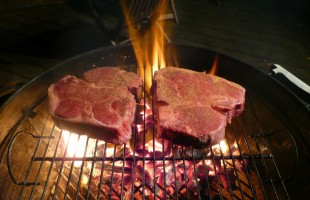 10 Steps to Grilling the Perfect Porterhouse, T-Bone or Any Really Thick Steak