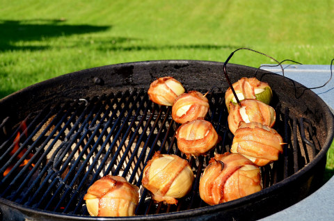 the onion bomb goes global barbecuebible com