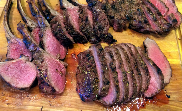 Herb-Crusted Venison Filets With Horseradish Sauce