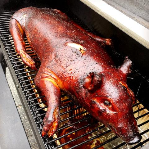 Smoked pig