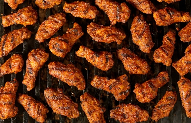 The Ultimate Tailgating Food: Wings