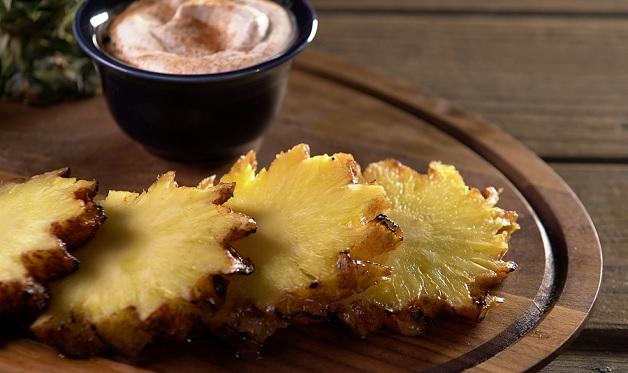 Brazilian Rotisserie Pineapple Barbecuebible Com