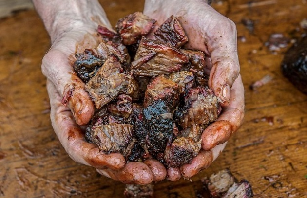 Cool Smoke: The Art of Barbecue
